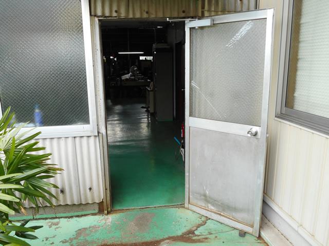 倉庫入口ドア取替工事 施工事例 名古屋市緑区