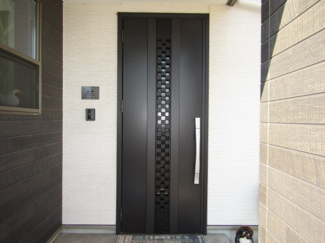 半田市 LIXIL ジエスタ2 玄関ドア取替工事 施工後