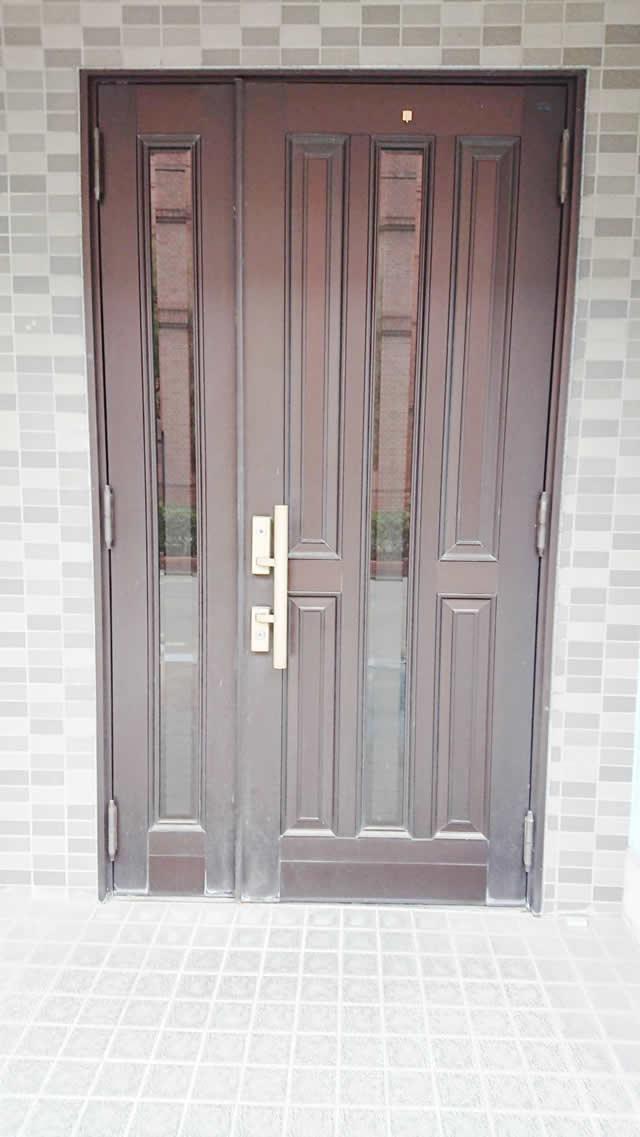 名古屋市西区 リクシル リシェント玄関ドアⅢ リフォーム工事 施工前